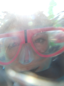 Taking selfies under water does not work so well!